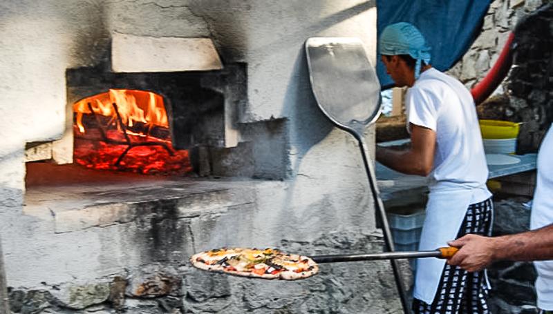 La Franchesca pizza oven